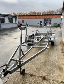 Knott H-båds-trailer sælges